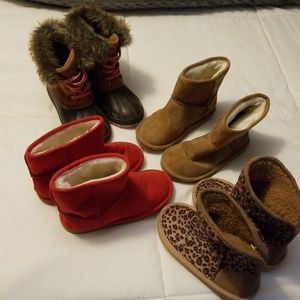 Old Navy size 11 faux ugg lot & duck boots.